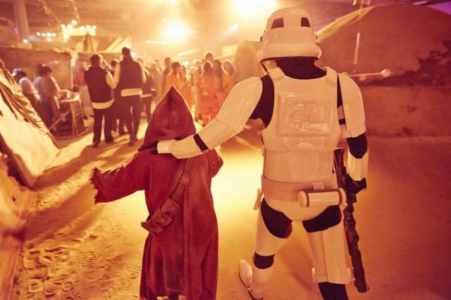 [Lucasfilm] Star Wars - les six premiers films (1977-2005) - Page 3 881165swlon3