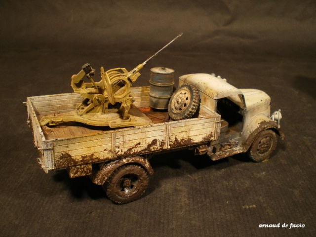 tracteur d artillerie soviétique chtz s-65 version allemande 1/35 trumpeter,tirant 2 blitz de la boue 885320IMGP1863