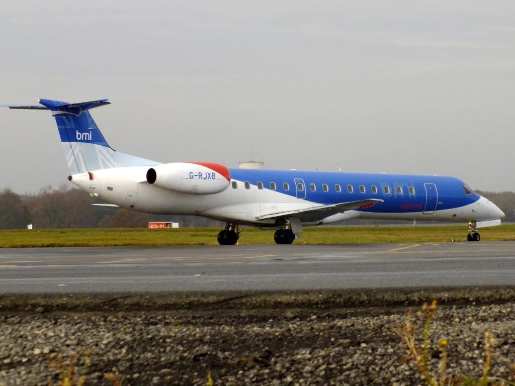 [14/12/2013] Embraer ERJ145 (G-RJXB) BMI Régional 886787Decembren4124
