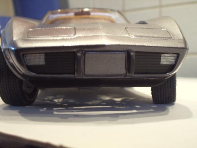 chevrolet corvette 25 th anniversary de 1978 au 1/16 - Page 2 887911IMGP8900