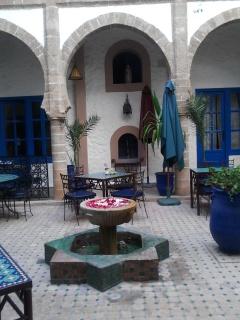 Essaouira.... 89001520120816185828