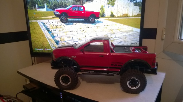 axial Scx10 - Jeep Umbrella Corp Fin du projet Jeep - Page 5 891772WP20150404002