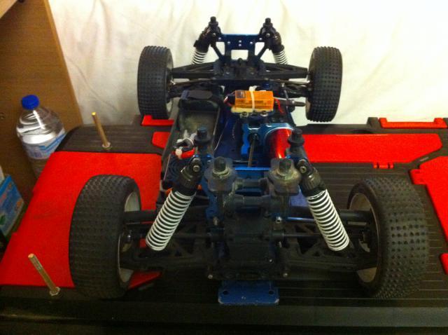 Carson Racing Vulcano converti Rallye Game Brushless !!! 892719IMG_0166