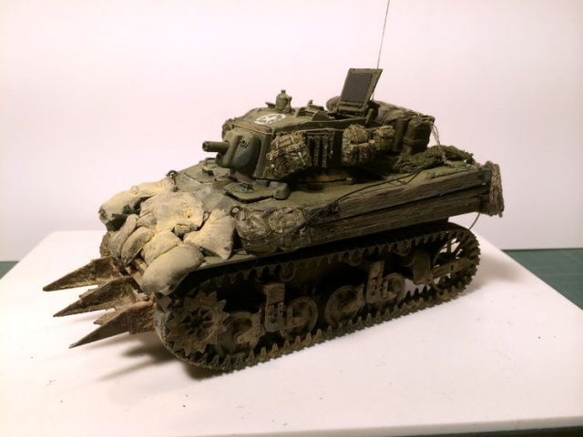 stuart M5A1 (afv au 1/35)normandie - Page 2 893620iphone3001