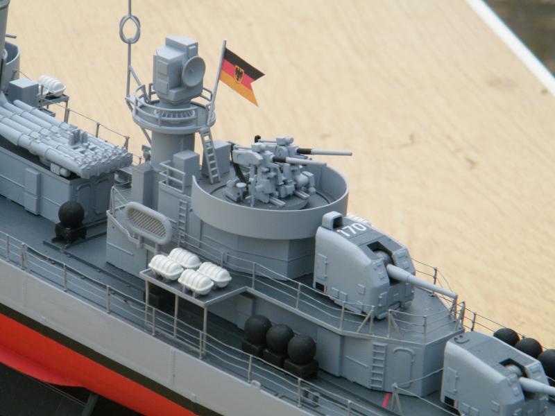 Destroyer Fletcher-Class au 1/144 89647220110723bartjeanjvido0196