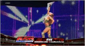 Eve Torres VS Kelly Kelly. 898058Sanstitre4
