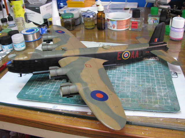 Short Stirling BF-513 75 Sqn, 1/72 Italeri: Commémoration 08 mai 2015....Terminé! - Page 7 898949IMG4764