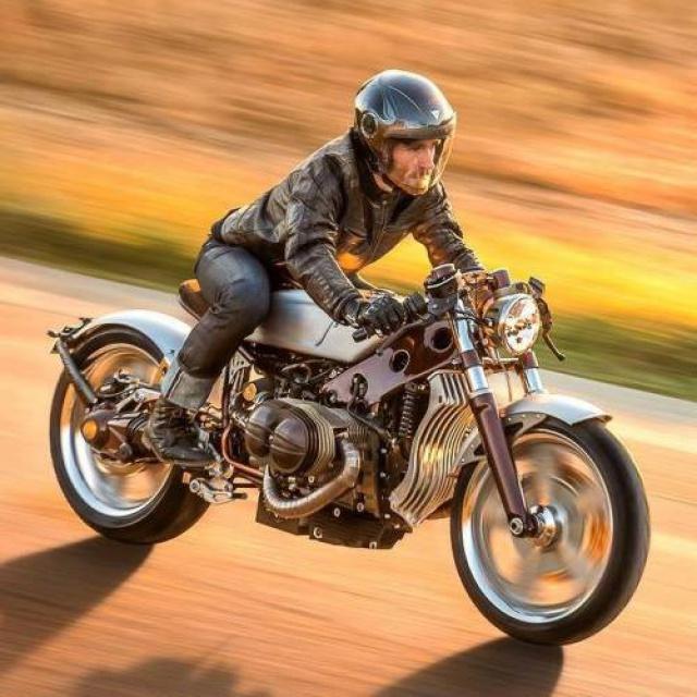 C'est ici qu'on met les bien molles....BMW Café Racer - Page 3 899422154004527822022685843156975908087406600539n