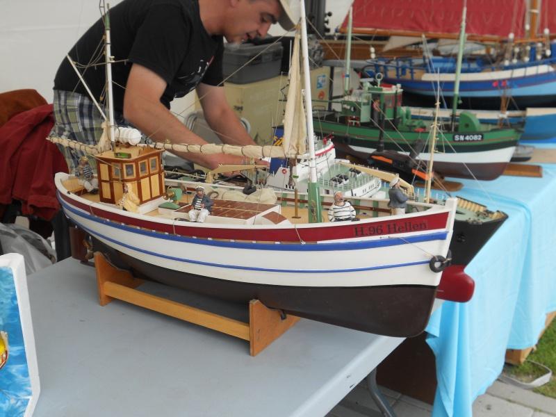 démo de maquettes navigantes sur la place Napoléon à la Roche S/Yon le 31 Mai et le 1er Juin 900472DSCN4013