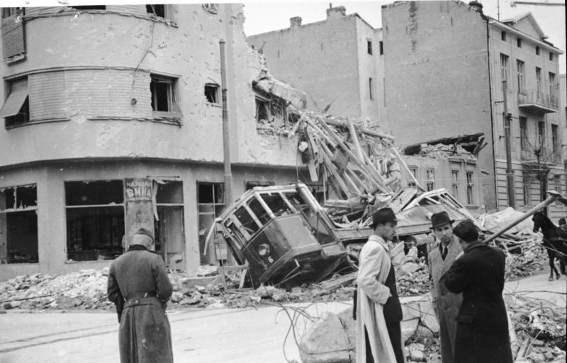 LFC : 16 Juin 1940, un autre destin pour la France (Inspiré de la FTL) 901677BundesarchivBild1411005BelgradZerstrungen