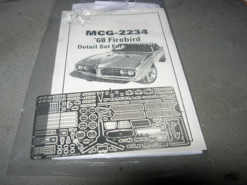 Pontiac Firebird 68 cab. (Fini)  902746DSCN8983