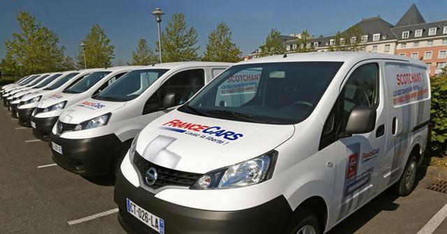 Louez le Nissan NV 200 chez France Cars et fixez vous même votre prix  90320210533936