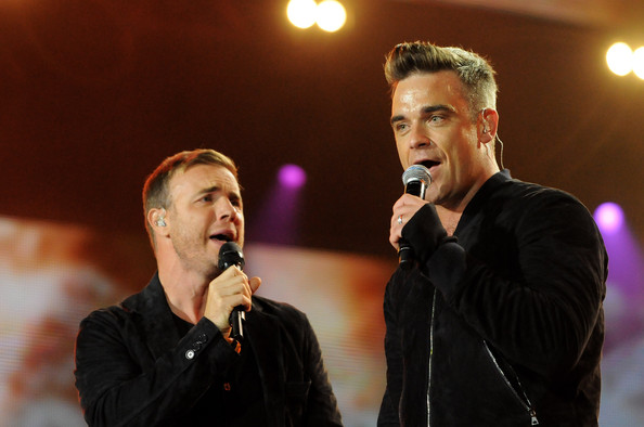 Robbie et Gary au concert Heroes 12-09/2010 903736Gary_Barlow_Heroes_Concert_Show_3764VKoMAoVl
