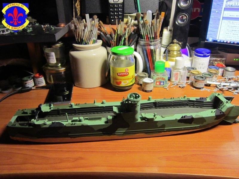 U.S. Navy Landing Ship Médium (Early) au 1/144 de Revell par Pascal 94 - Page 9 904286IMG42421