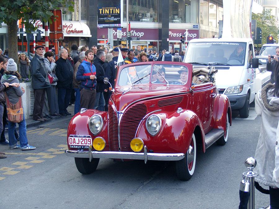 """Bruxelles côté BD  """"Tintin en automobile"""" 904582DSCF6170"""