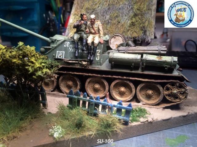 SU-100 marque Dragon 1/35 - Page 3 907300IMG4072