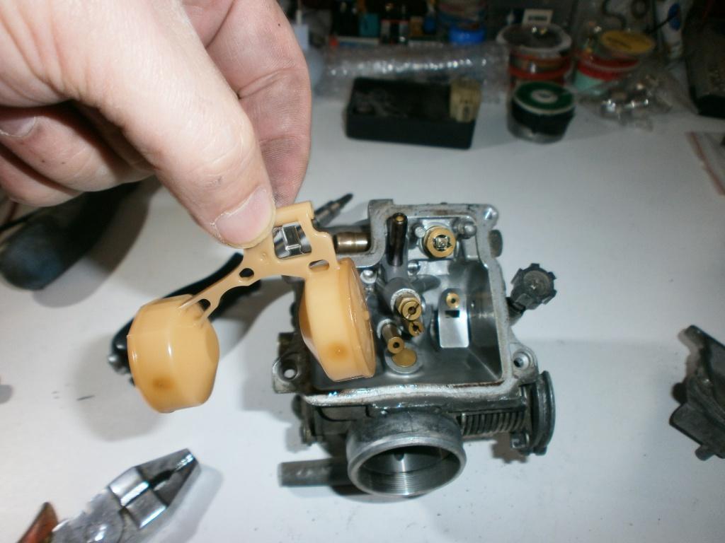 Nettoyage carburateurs de transalp 600 908590P1270026