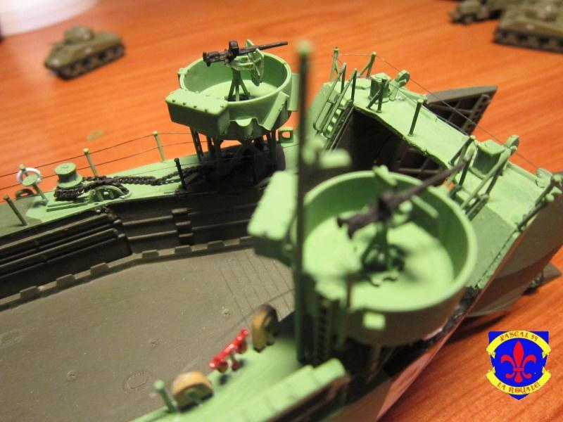 U.S. Navy Landing Ship Médium (Early) au 1/144 de Revell par Pascal 94 - Page 15 909744IMG44021