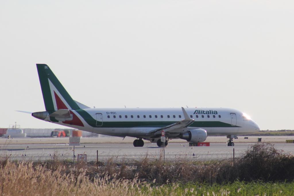 Aéroport de Nice Côte d'Azur , [LFMN-NCE] 910691IMG9177