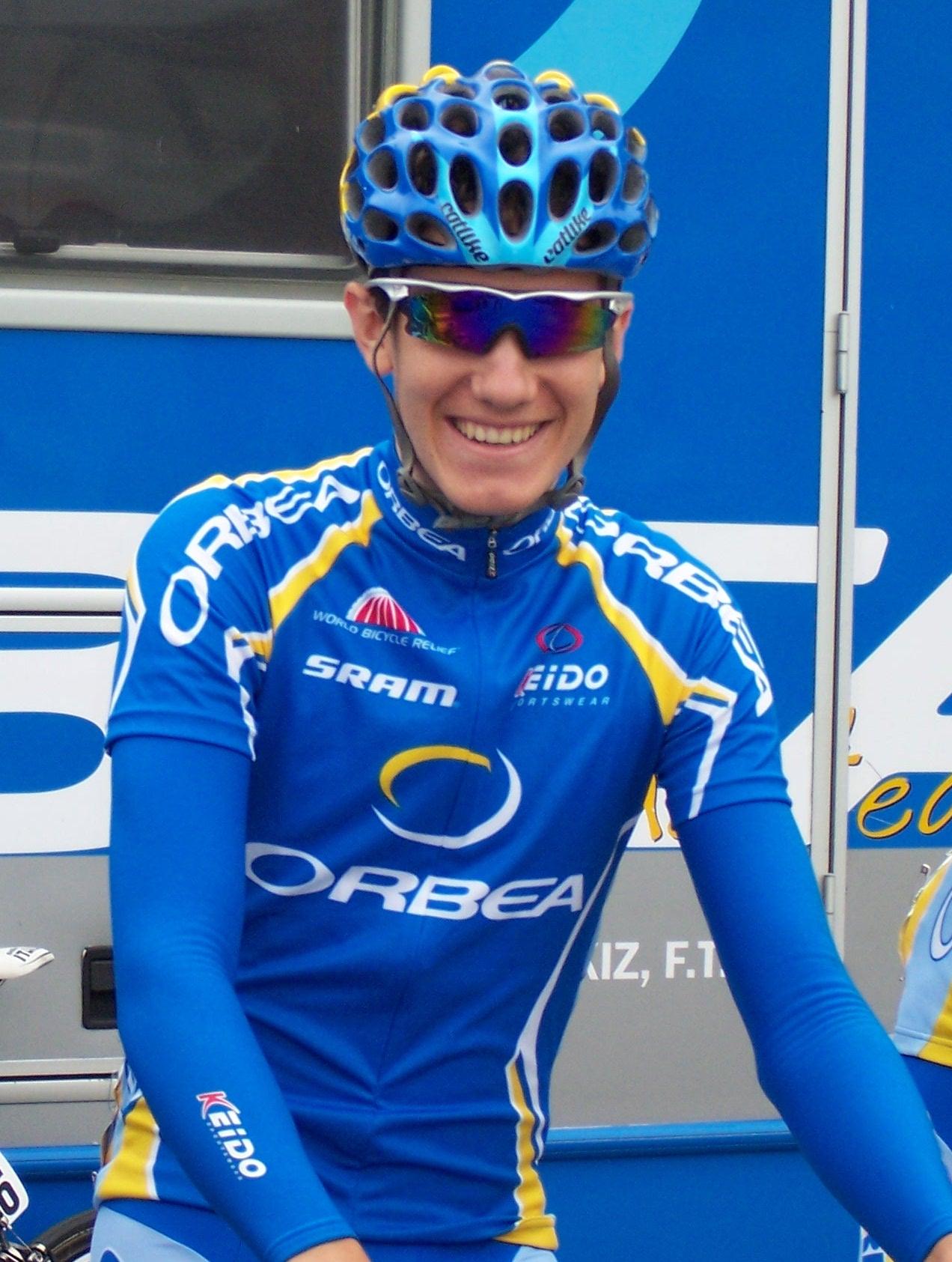 Story Ekoi Pro Cycling Team 911712Romain_Sicard_Ronde_Isard_2009_depart