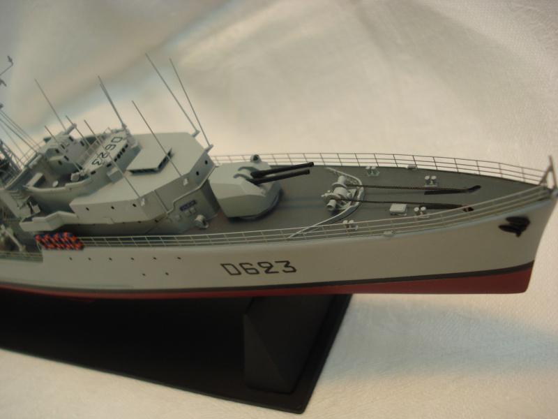 Escorteur d'escadre Cassard 1/400e L'Arsenal. 912784DSC04800