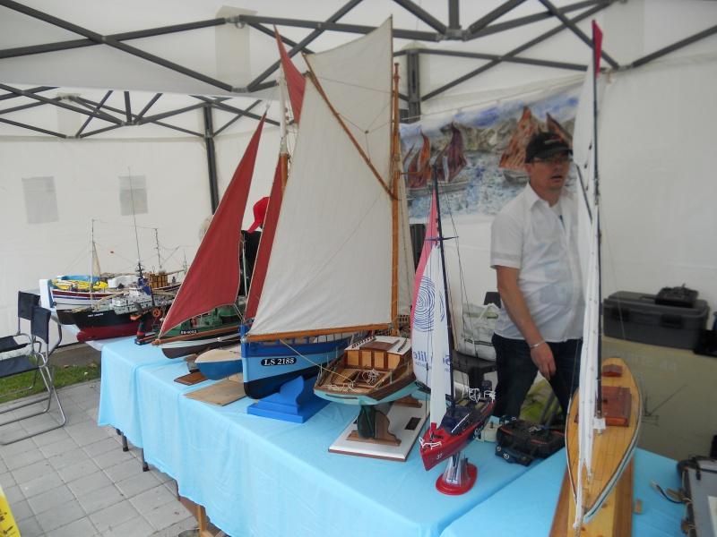 démo de maquettes navigantes sur la place Napoléon à la Roche S/Yon le 31 Mai et le 1er Juin 915938DSCN4017