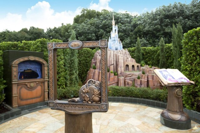 [Hong Kong Disneyland] Fairy Tale Forest (2015) - Page 2 917255w37