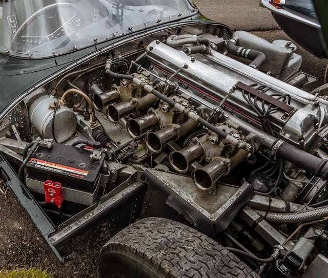 Les Jaguar XF, F-Pace et F-Type célèbrent les 60 ans de la victoire de la Type D aux 12 Heures de Reims Lors De La 22ème Edition De Sport Et Collection 917782IMG4755LowRes