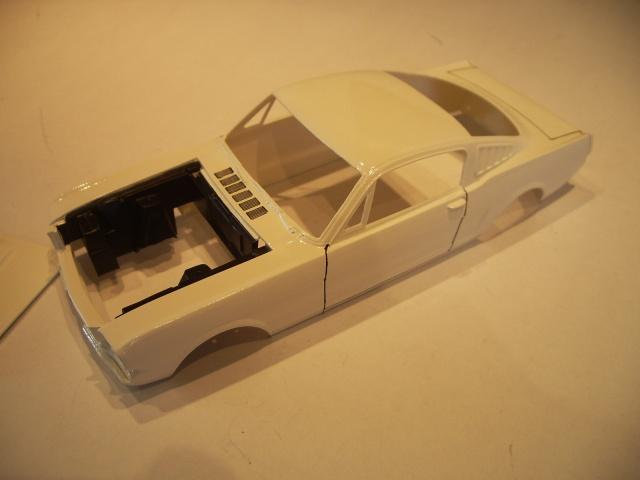 mustang shelby 350 GT 1965  kit monogram 1/24 . 918585IMGP3042