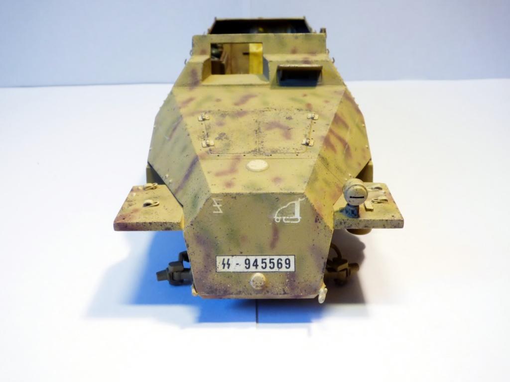 sdkfz - SdkFz 251 / 9  Tamiya / AFV - Page 2 921080P1070138Copier