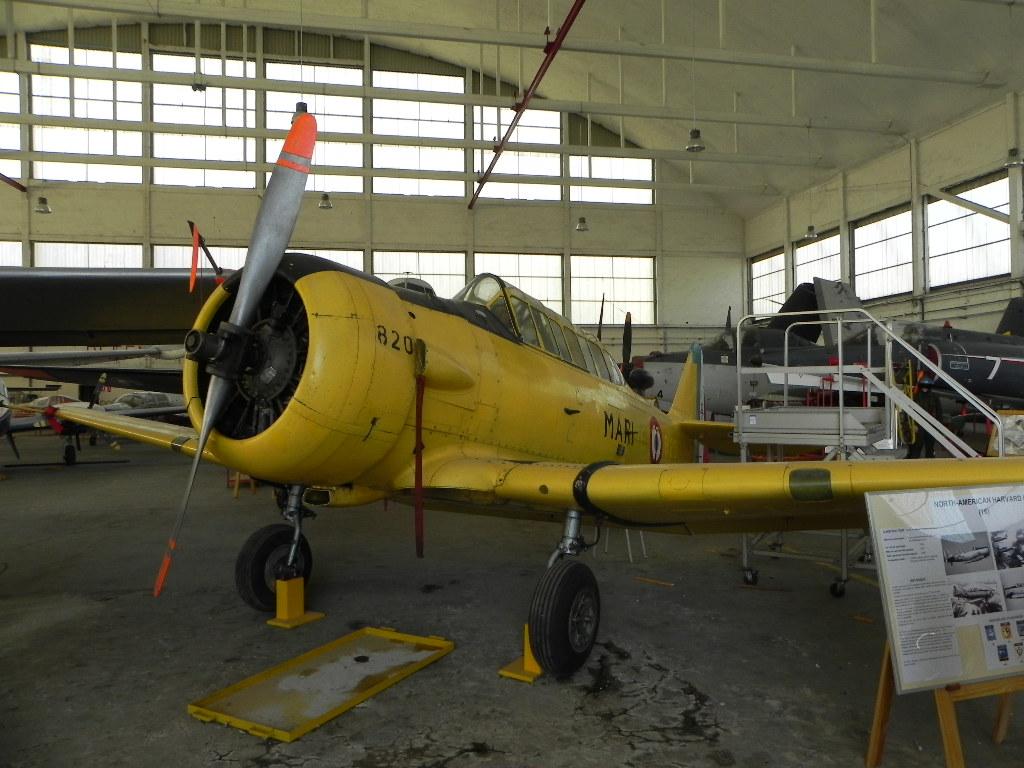 [ Les Musées en rapport avec la Marine ] Musée de l'Aeronautique Navale de Rochefort - Page 6 923458HarvardIIb