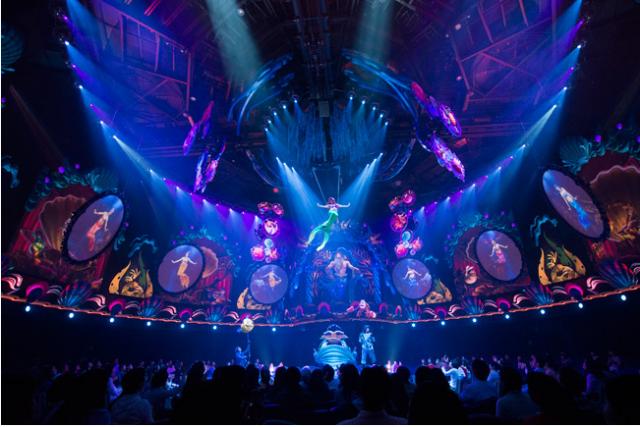 [Tokyo DisneySea] Nouveau spectacle : King Triton's Concert (24 avril 2015) - Page 2 925630tri3
