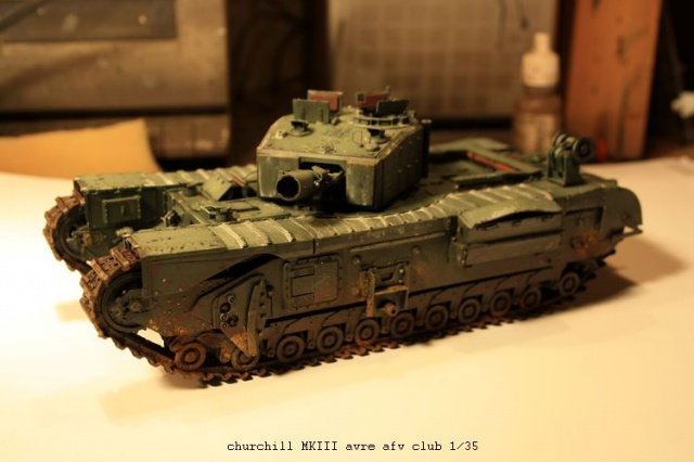 Churchill avre mk3  de chez afv club 1/35 926037IMG2356