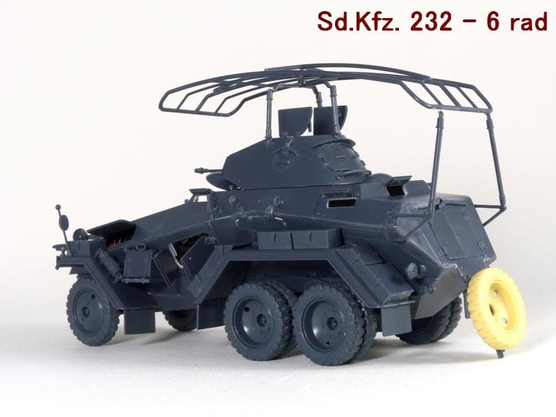Sd.Kfz. 232 6 Rad - France 1940 - Italeri 1/35 927614P1030975