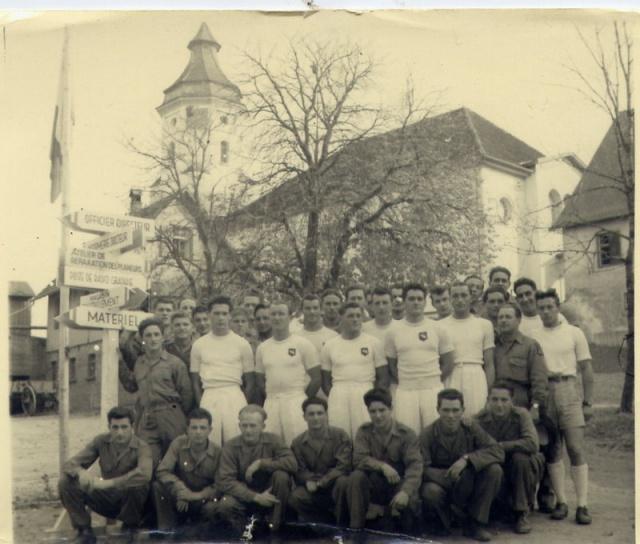 LES INSIGNES DU BATAILLON DE CHOC 1943/1963. 92994743GRNKRAUTcoledessportscussonsurtricotmoniteurs
