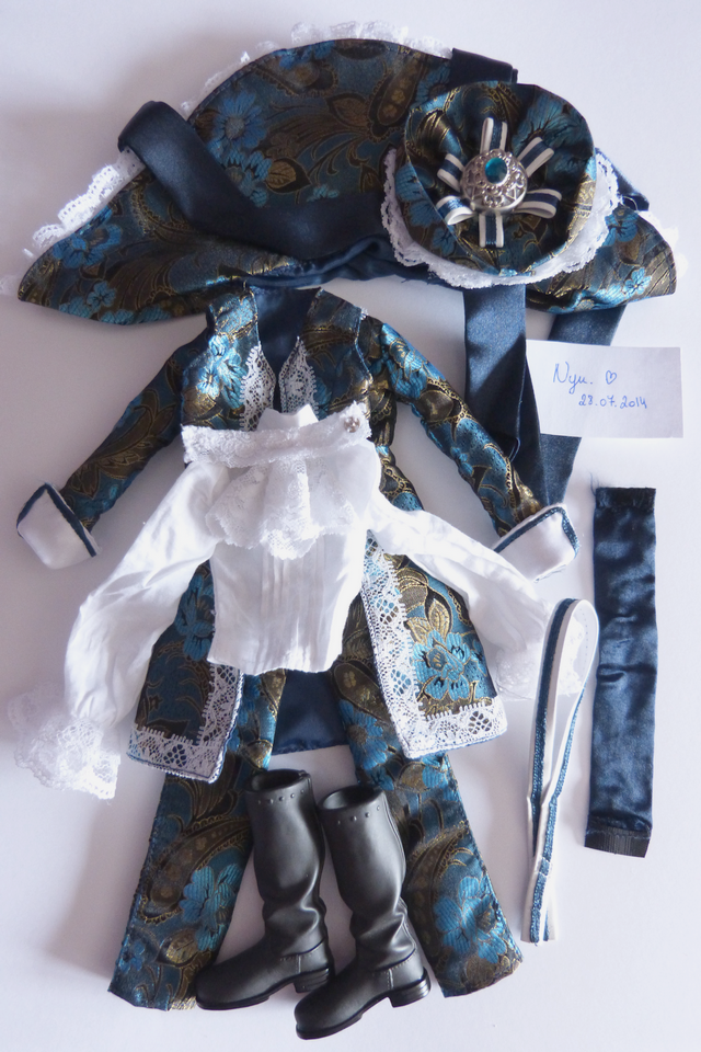 [Vends] Outfits stock Taeyang Tantus (baisse) & Dal Coco ~ 930915P1020302