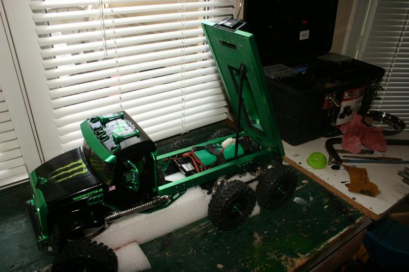 Mack 6x4 Monster Energy (FINI en attente d'un arceau) 931390IMG8110