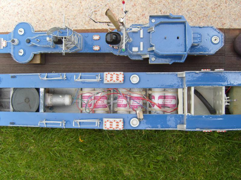 Escorteur d'escadre Surcouf  par grominau au 1/100ème - New maquettes 932393002