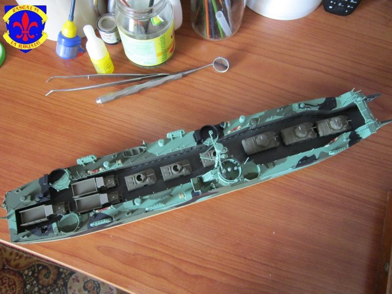U.S. Navy Landing Ship Médium (Early) au 1/144 de Revell par Pascal 94 - Page 11 935869IMG43141