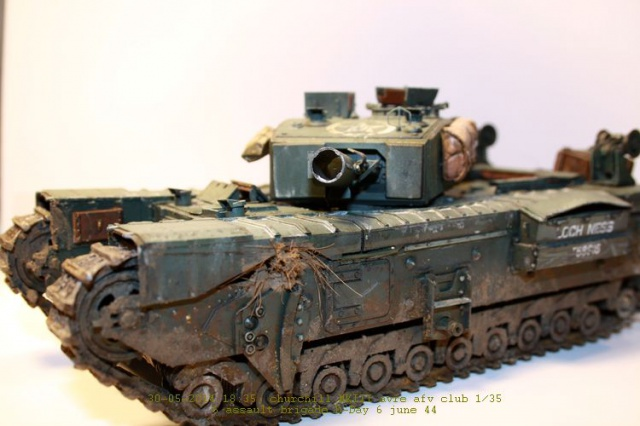Churchill avre mk3  de chez afv club 1/35 - Page 2 936234IMG2385