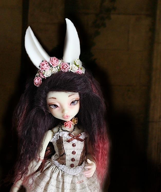 Nymeria (Sixtine Dark Tales Dolls) nouveau make-up p8 - Page 6 938516Marianne