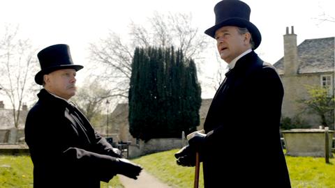 Downton Abbey - Page 4 9392121x01208