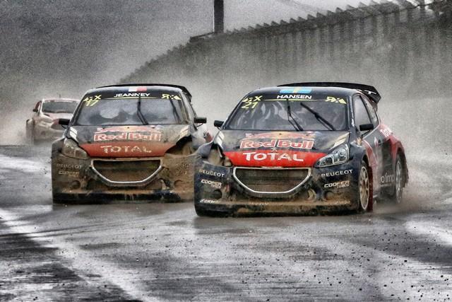 Première course et premier podium pour le Team Peugeot Hansen ! 939266553d2ea73e435