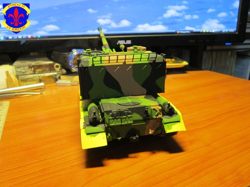 AMX 30 AUF1 au 1/35 d'Heller par Pascal 94 - Page 4 939315IMG34121