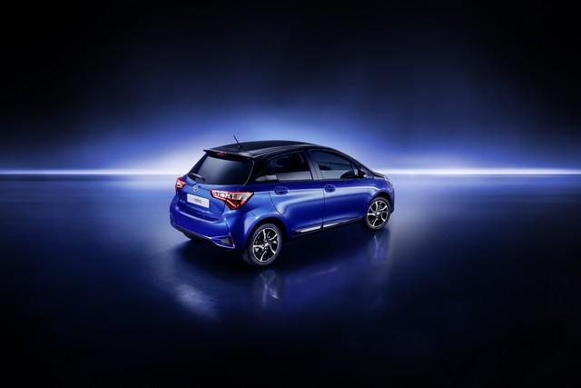 Toyota Annonce Les Prix De La Nouvelle Yaris 942585toyotayarisbitone4finalrgb