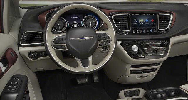 Nouveau minivan chez Chrysler pour 2017 9434372017ChryslerPacificaprintDetroit12016CarsII