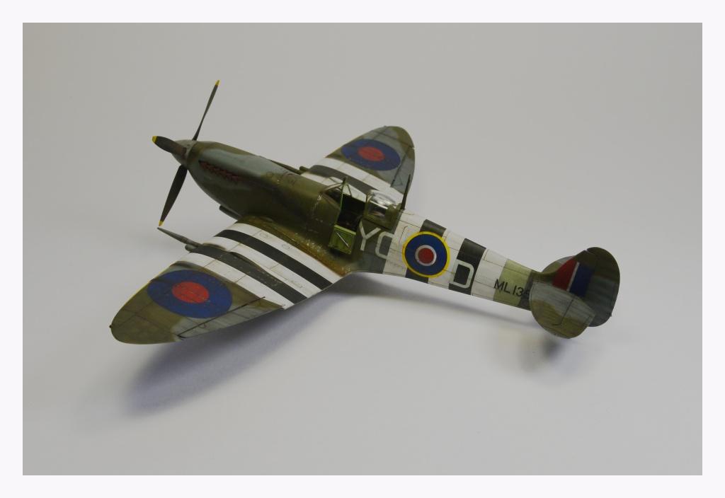 Spitfire Mk IX 1/48  944605Spitfire1