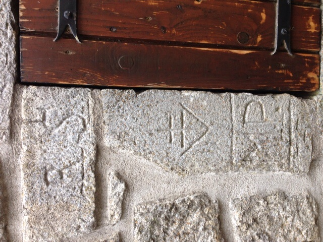 Gravure murale - village Menet - Cantal ... 948044image179