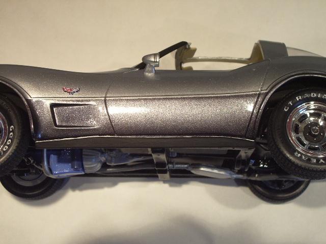 chevrolet corvette 25 th anniversary de 1978 au 1/16 - Page 3 949395IMGP8949