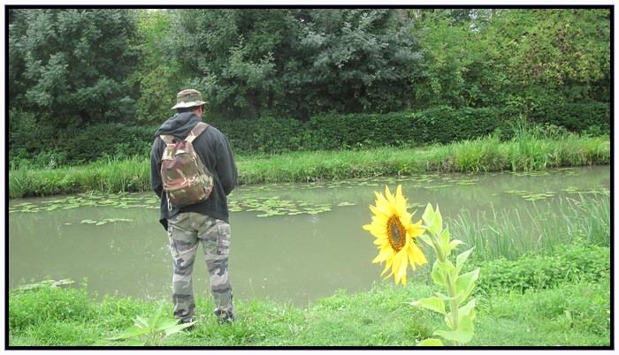 La joie du bass-man stalker-man 951042blackbassjohnettournesol
